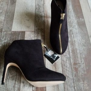 Zara black heels zip up ankle booties size 11